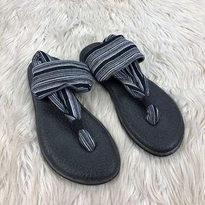 🐝 Sanuk Yoga Mat Slingback Sandals